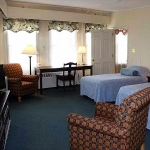 Hotel Coolidge room with two beds